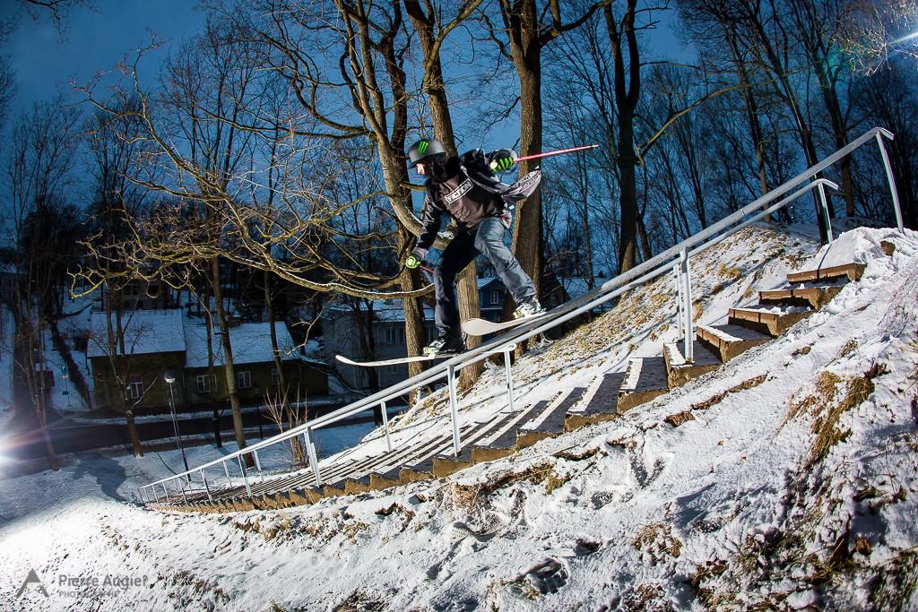 Daniel Hanka sliding a rail in Tartu